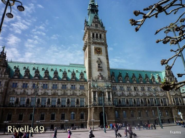 Das eindrückliche Rathaus in Hamburg