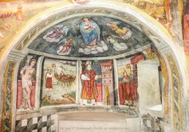 Chiesa di San Bernardo, Curzutt, Ticino, Svizzera/https://rivella49.wordpress.com/2015/09/11/fino-allo-spettacolare-ponte-tibetano-in-ticinoide/