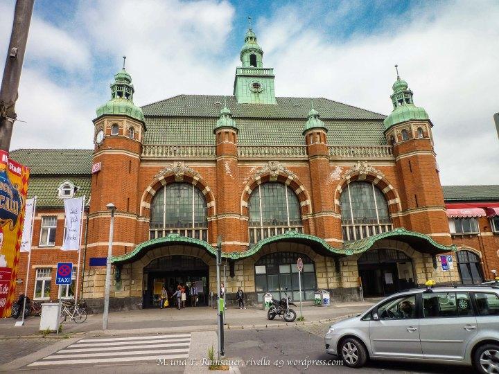 Der Bahnhof von Lübeck/The train station in Lübeck/La stazione del treno a Lubeccca.