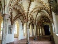 Im Burgkloster