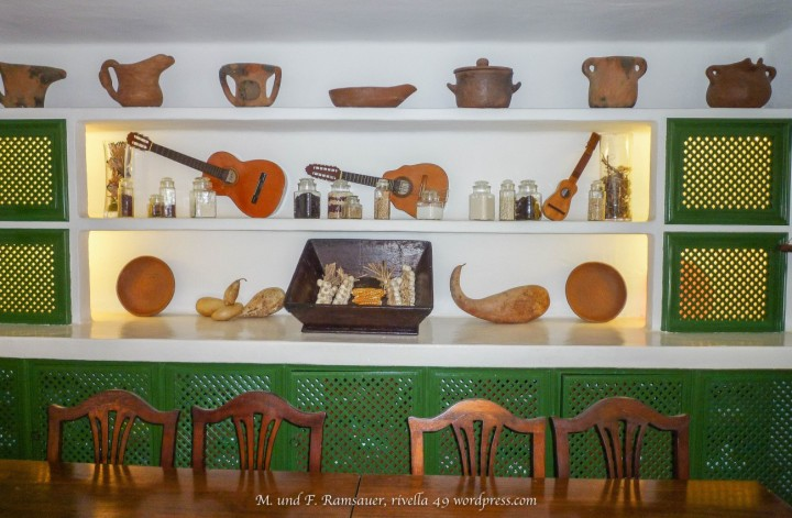 Timple /musical instruments