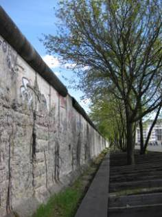 MAUER IN BERLIN/BERLIN'S WALL/IL MURO A BERLINO