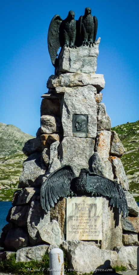 Das Fliegerdenkmal soll an den FliegerAdrien Guex erinnern