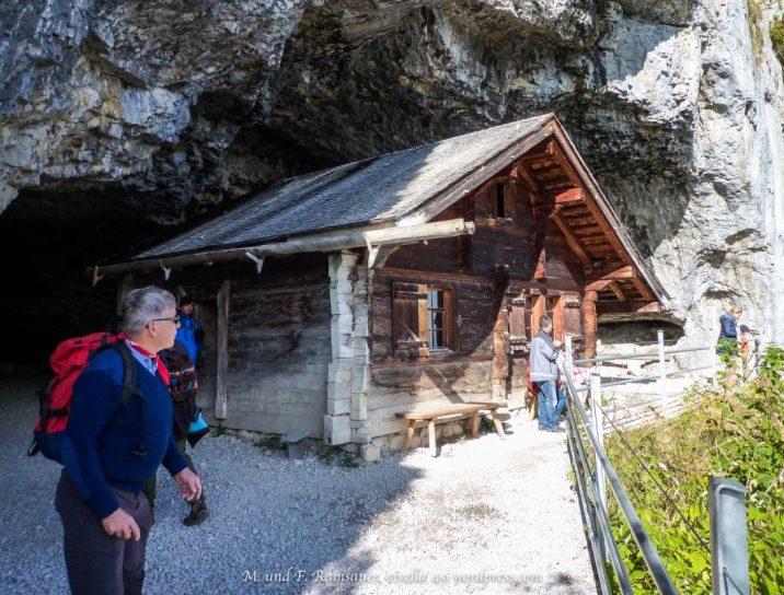 Eremitenhäuschen/little house of the eremits who lived here/pccola casa degli eremiti che hanno vissuto qui